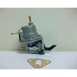 Pompe a essence Renault 4cv avec levier